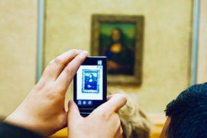 Monalisa-Louvre-chasing-whereabouts