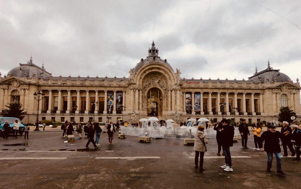 petit palais-chasing whereabouts-paris